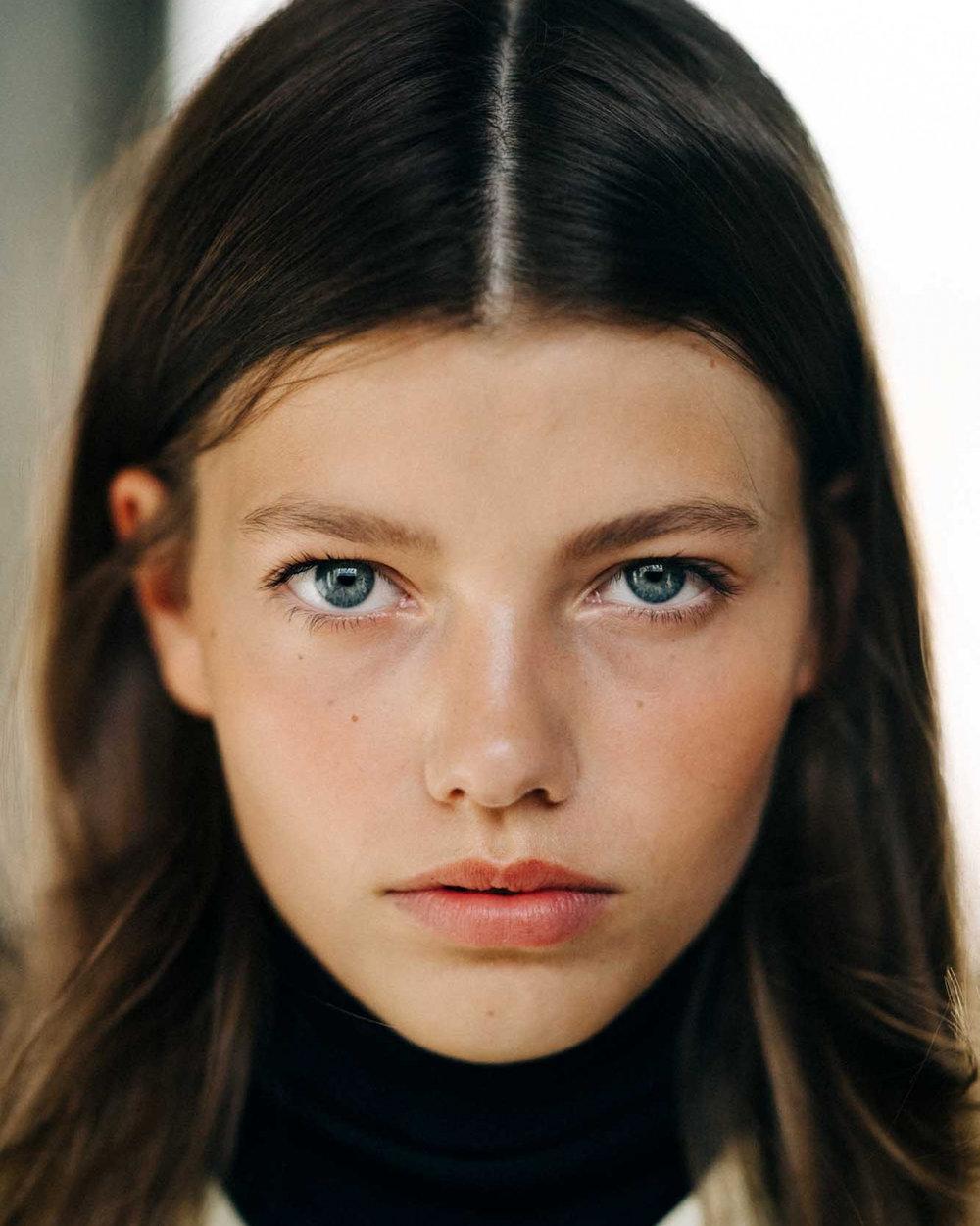 Mathilde-Sofie-Hess-Henning_AKS0254-2000x2500-c-default.jpg