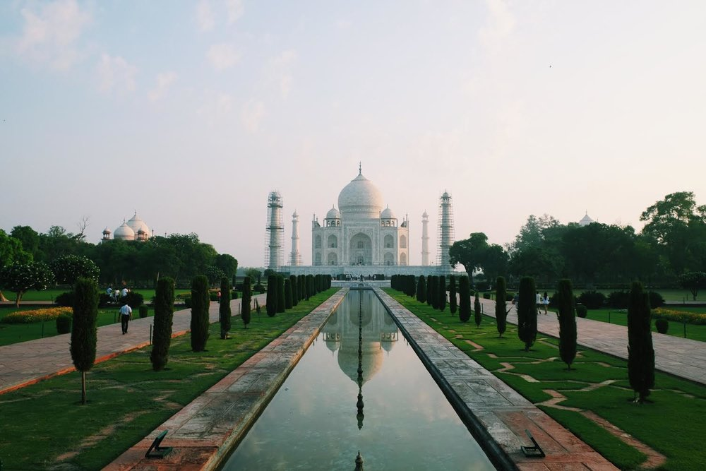 Taj Mahal in Agra by Joost Bastmeijer in India.jpg