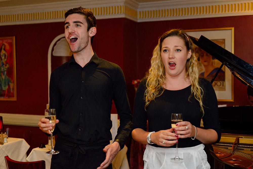 opera-singers-group_web_DSC6054.jpg
