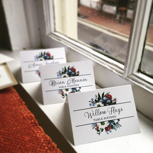 All the lovely little details going on in the #littleweddingstudio today #escortcards #placecards #weddingdaystationery #weddingstationery