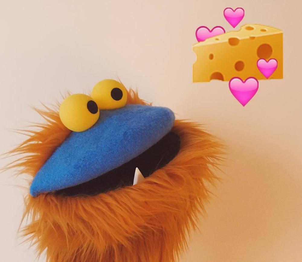 This guy LOVES cheese. #💕 #🧀 #puppet http://ift.tt/29fD7Se