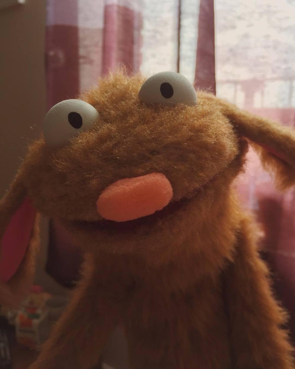 Aawww man. This dude is pretty great! #puppet http://ift.tt/1WPaekO