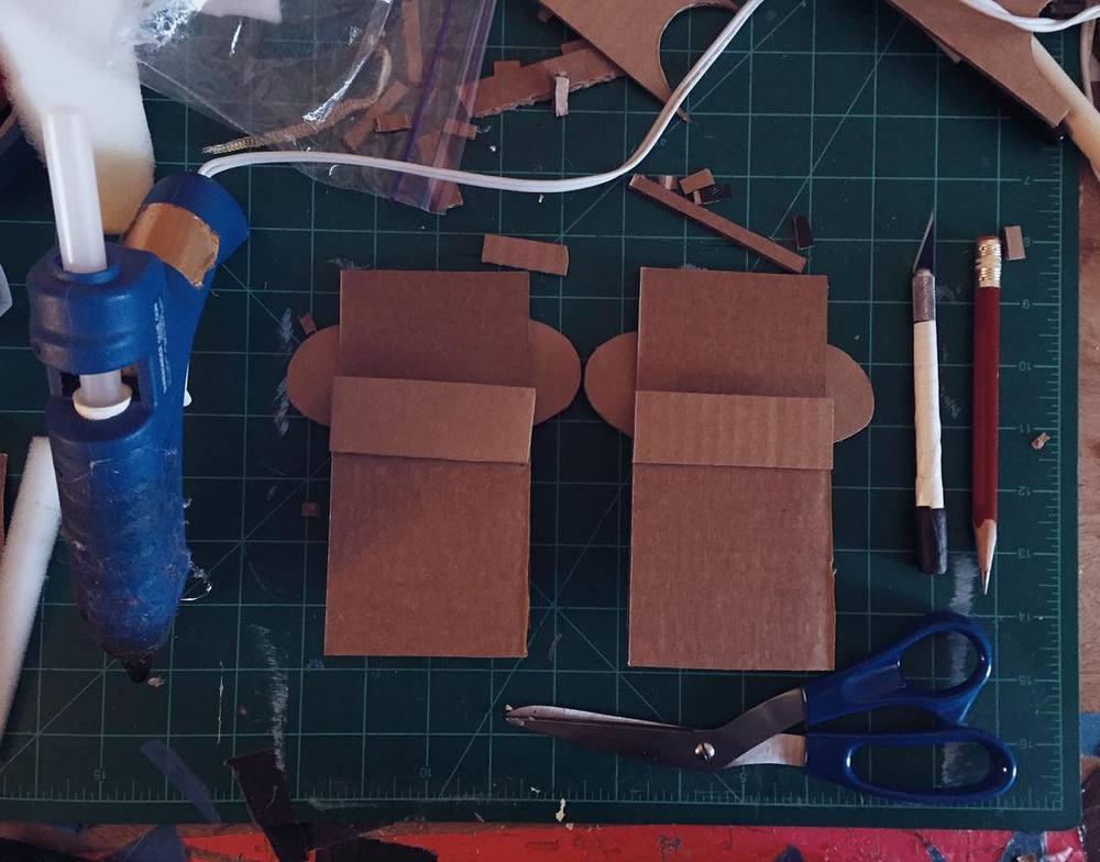Oh hello little cardboard #puppets  http://ift.tt/23BU3fW