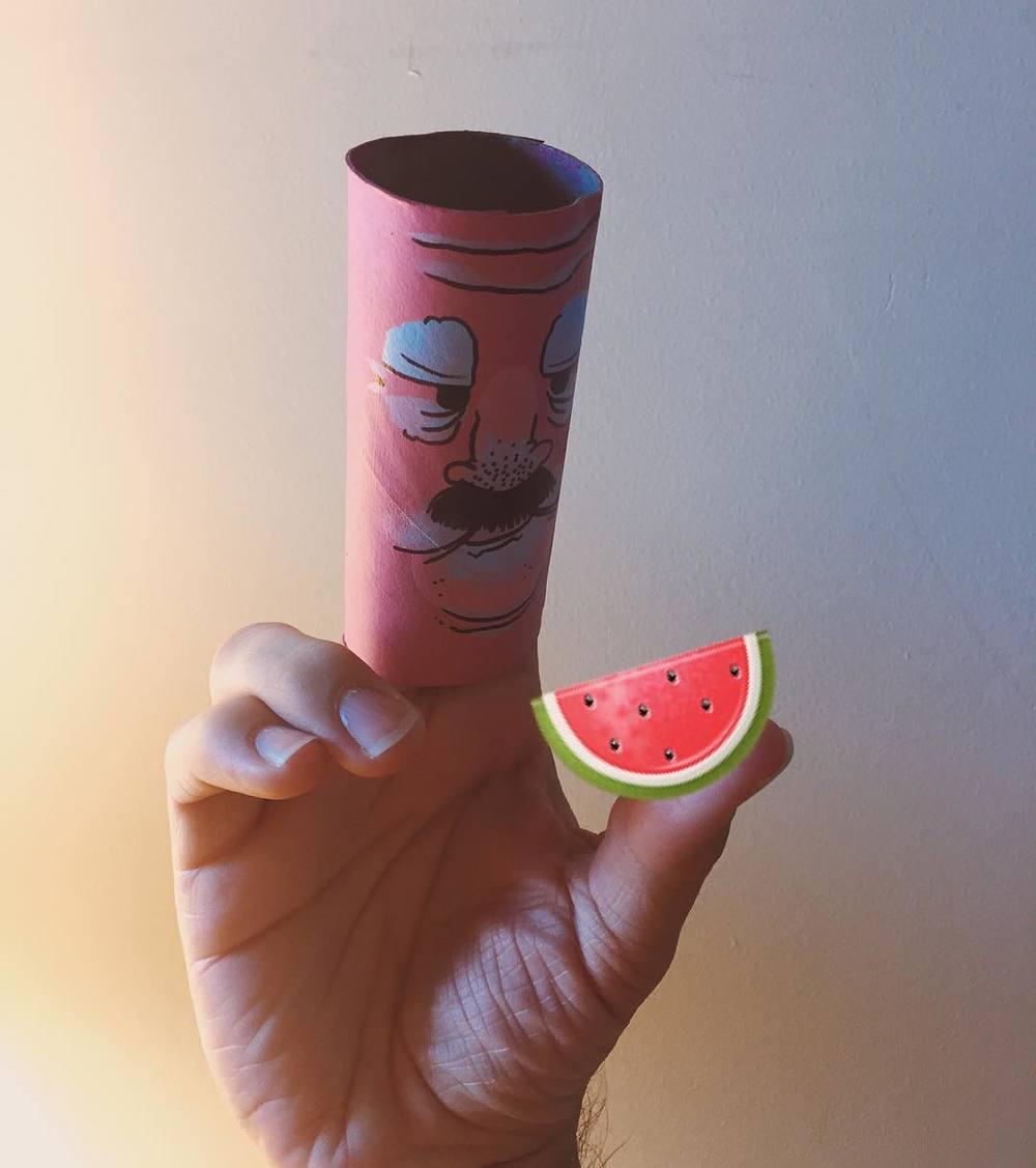 Nice melon. #puppet http://ift.tt/1KKofg4
