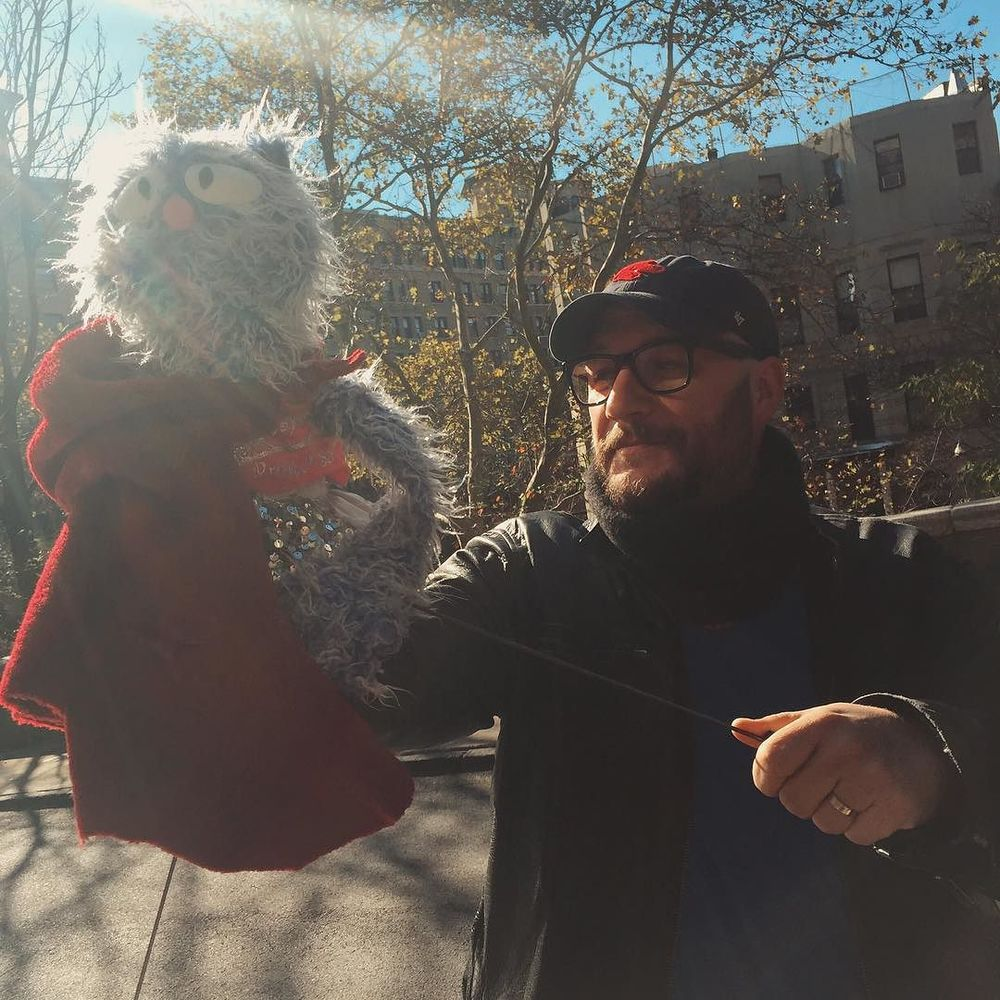 It's really the best when friends come to visit and they bring #puppets. http://ift.tt/1lql5CI