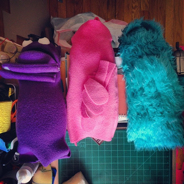 Those are some good colors. And some great #puppets in progress.