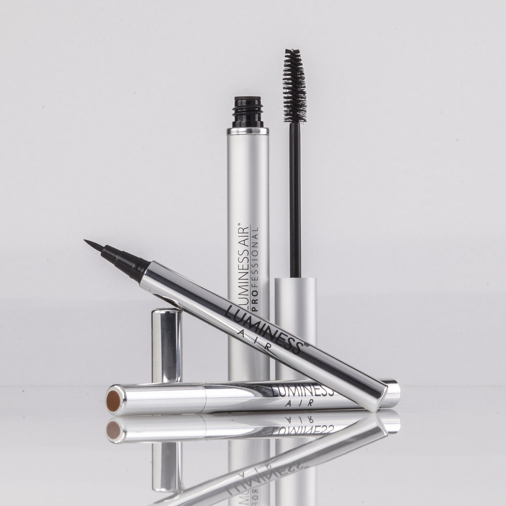 Chrome eyeliner product photography on white
