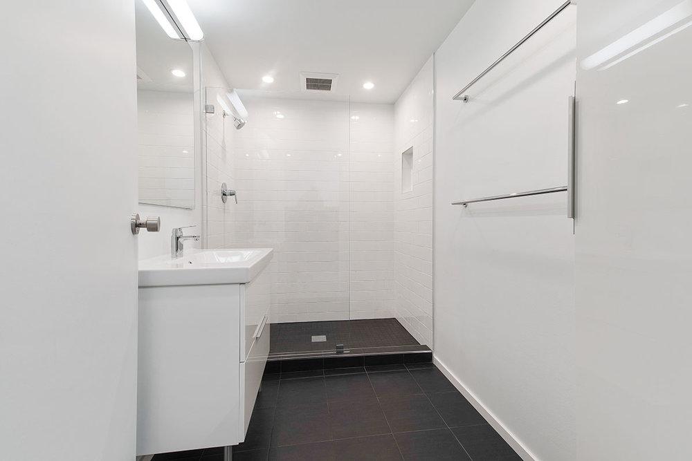 sf-bathroom