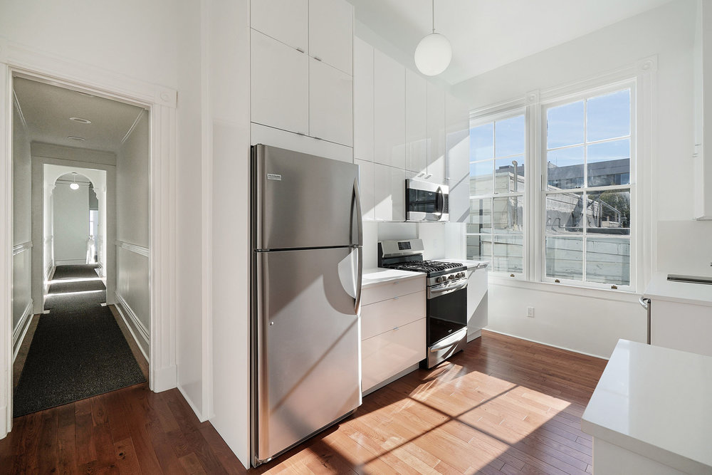 1911 1:2 kitchen:hallway.jpg