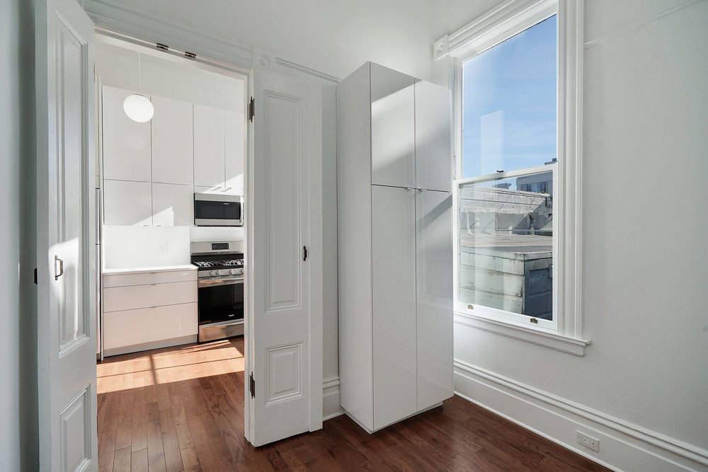 1911 1:2 kitchen:pantry.jpg