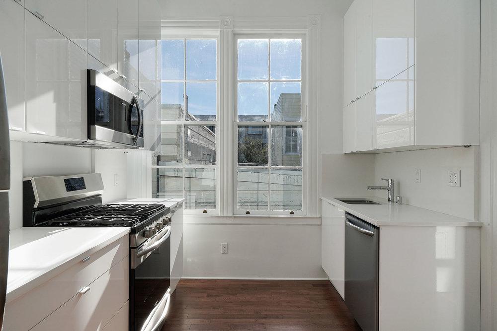 1911 1:2 kitchen.jpg