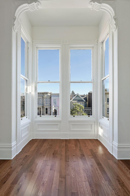 1911 1:2 LR window.jpg
