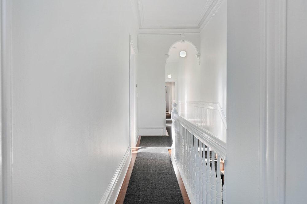1911+1-2+hallway-railing.jpg