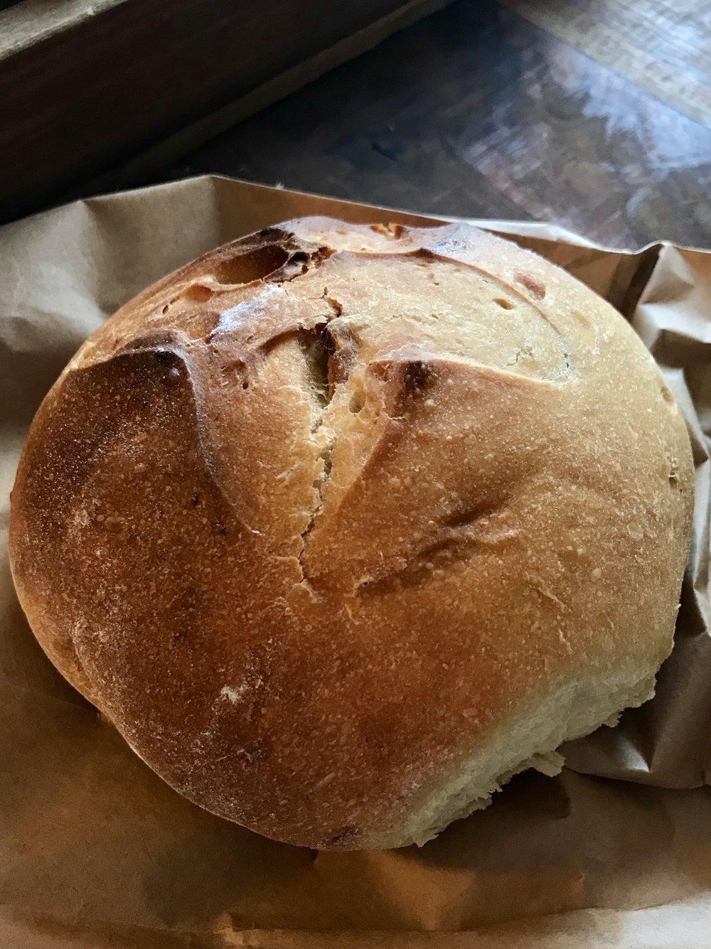 Hot Cross Buns  / Hinkel's Bakery