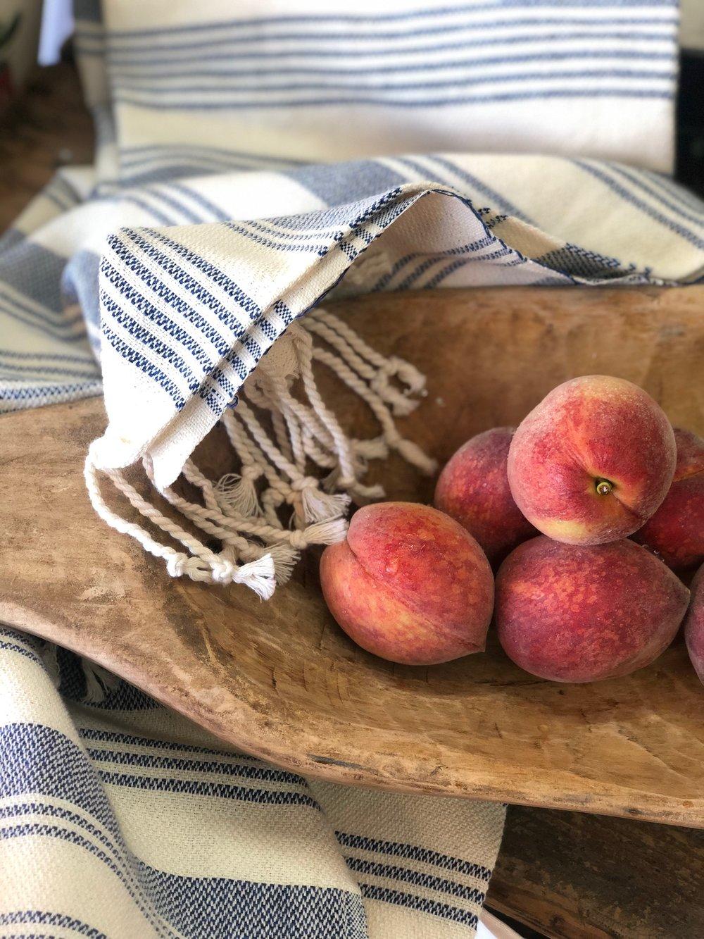 Rich May Peaches /  Burnette Farms - Thorsby, Alabama