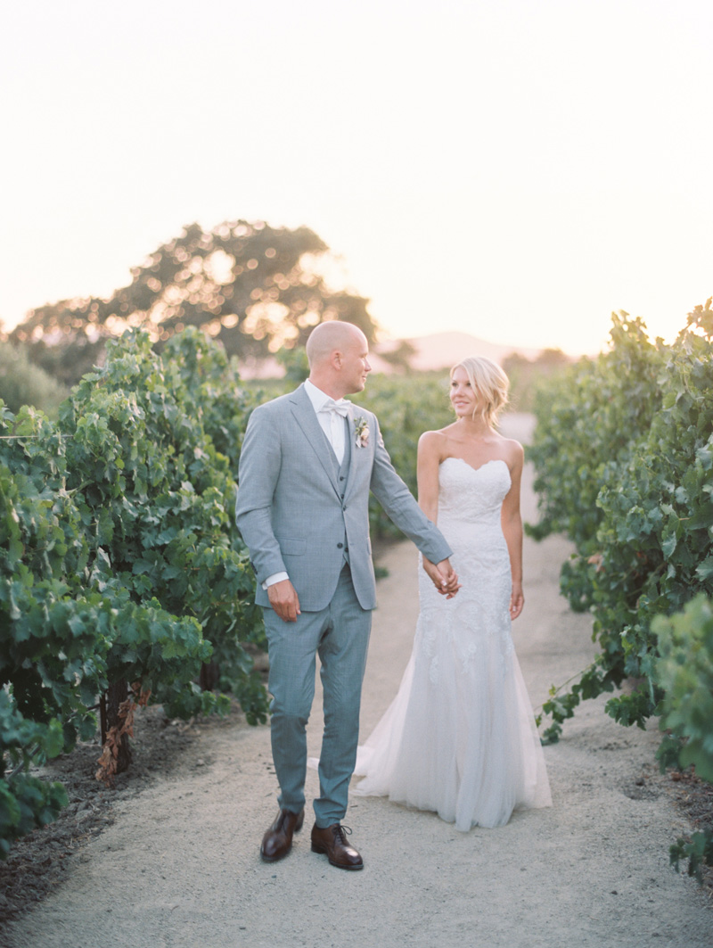 janetvilla.com | Janet Villa Hair and Makeup | Winsome and Wright Photography | Sunstone Winery Weddings