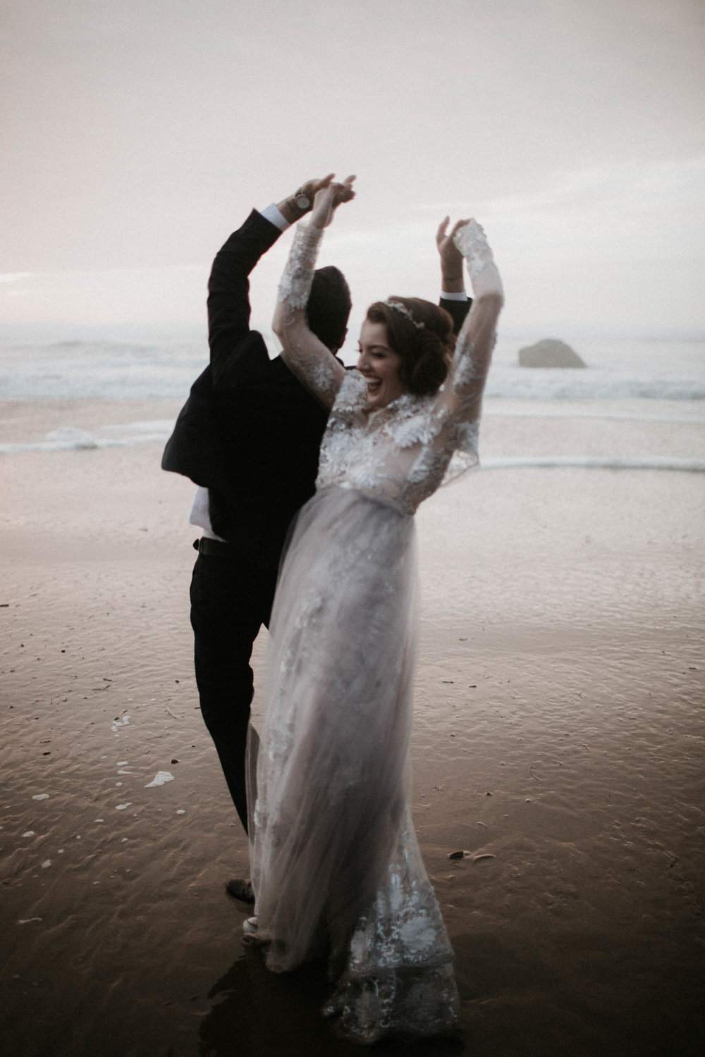 canonbeach_elopment_weddingphotographer-65.jpg