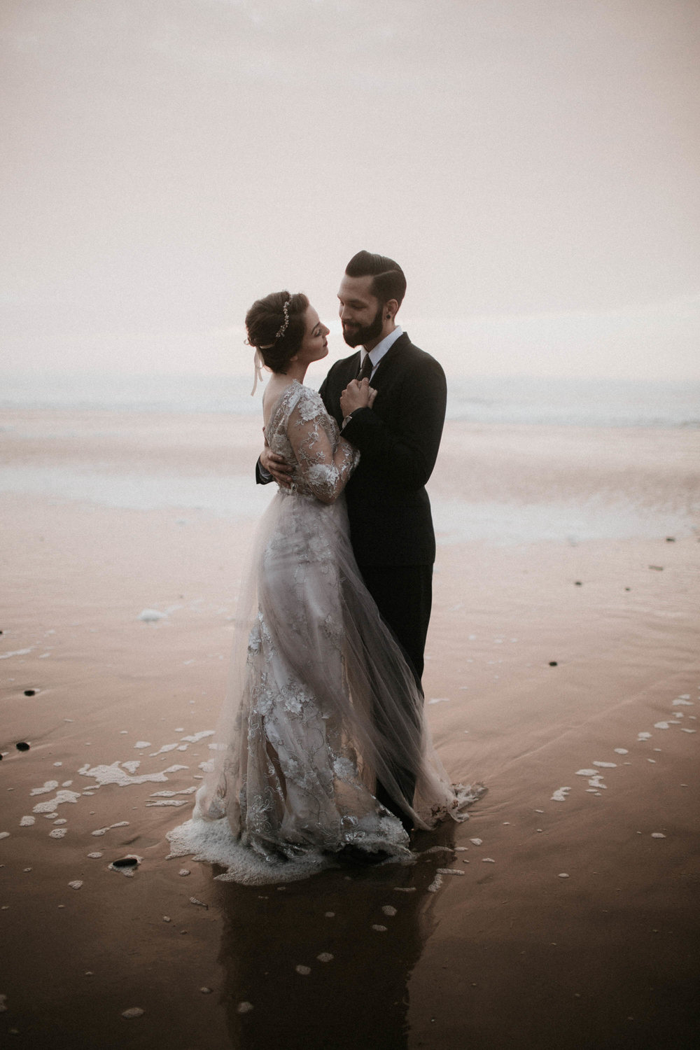 canonbeach_elopment_weddingphotographer-81.jpg