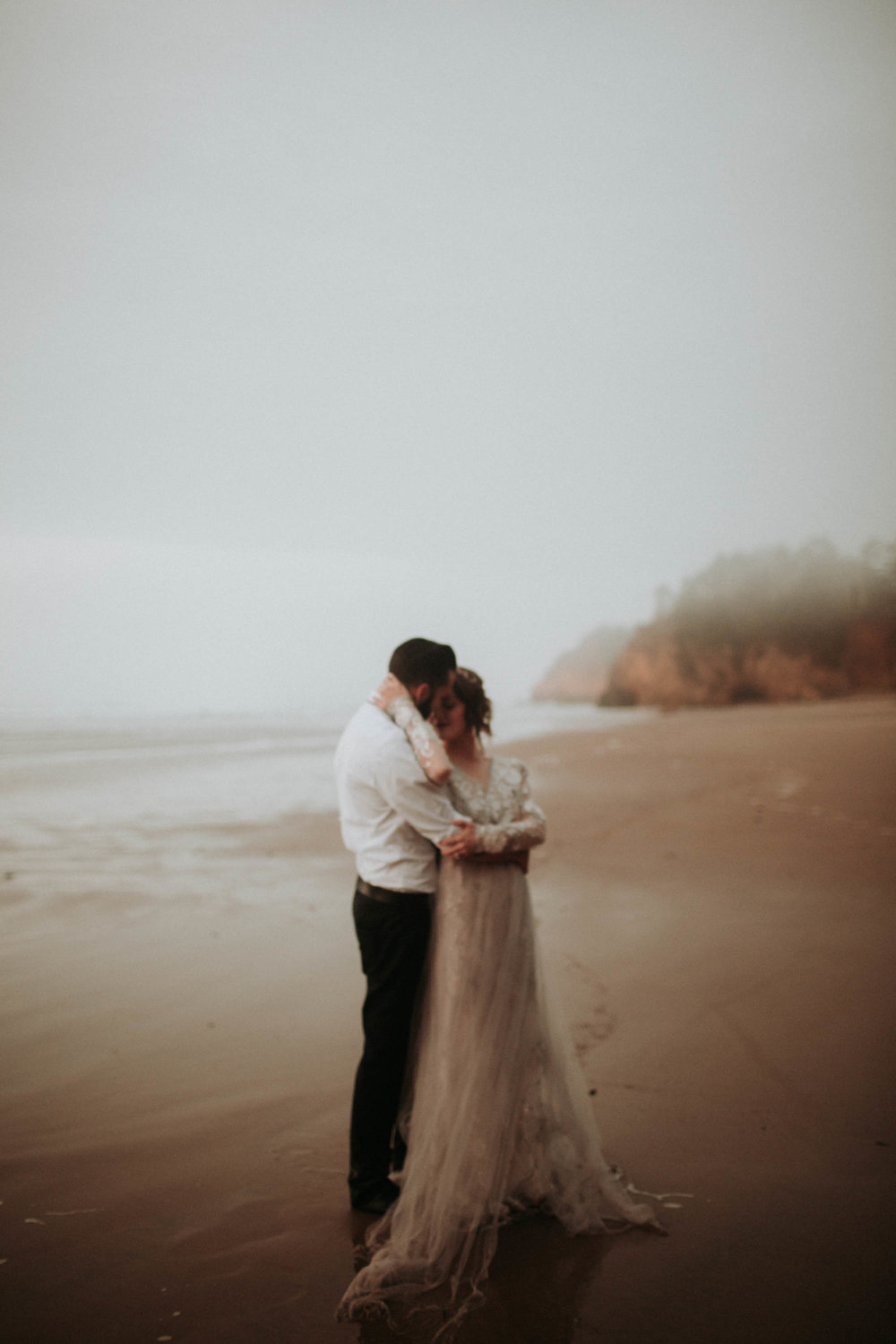 canonbeach_elopment_weddingphotographer-153.jpg