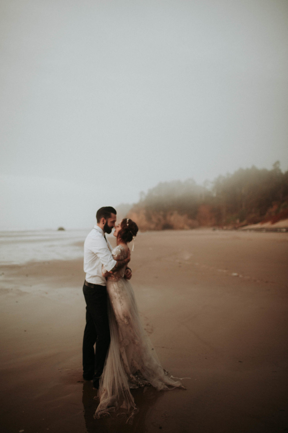 canonbeach_elopment_weddingphotographer-154.jpg
