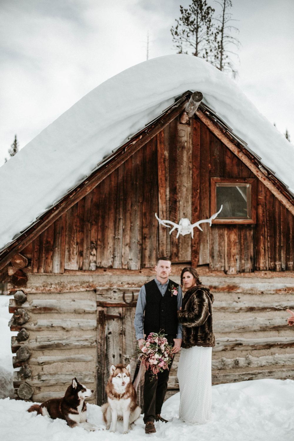 sunvalleywinterwedding_christinemariephoto-3.jpg