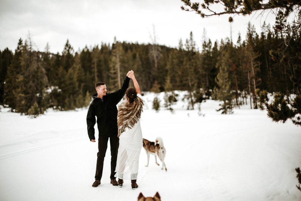 sunvalleywinterwedding_christinemariephoto-10.jpg