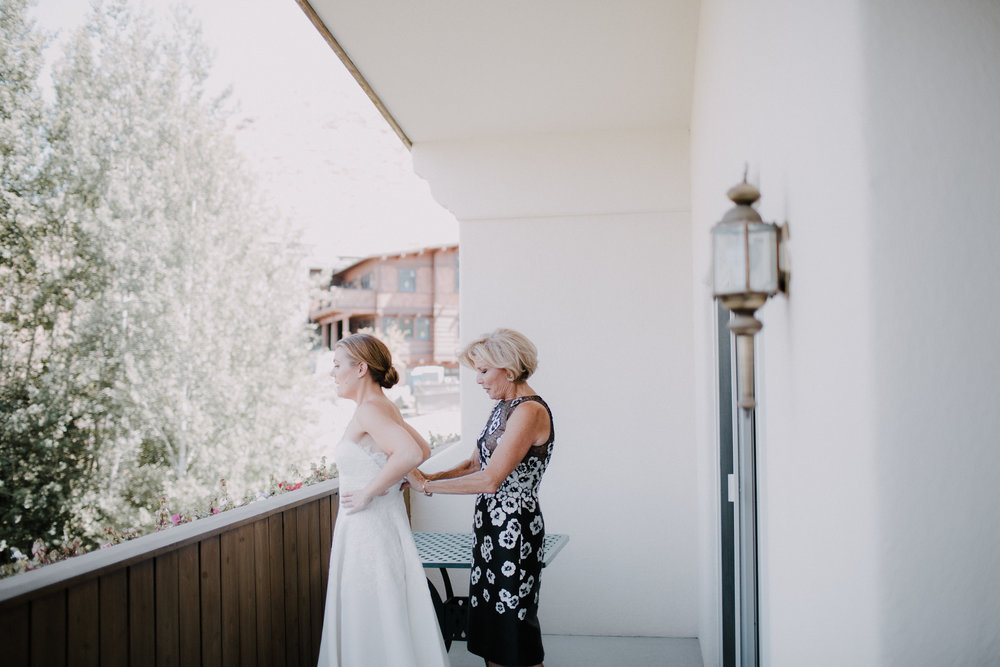 mad_Jon_Sun_valley_idaho_wedding-14.jpg