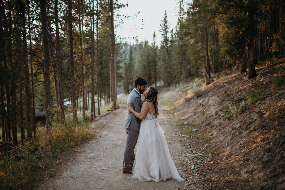 M_L_galena_Lodge_Wedding-1-2.jpg