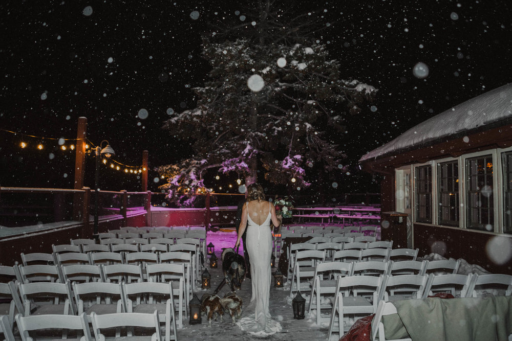 roundhouse_sunValley_wedding-39.jpg