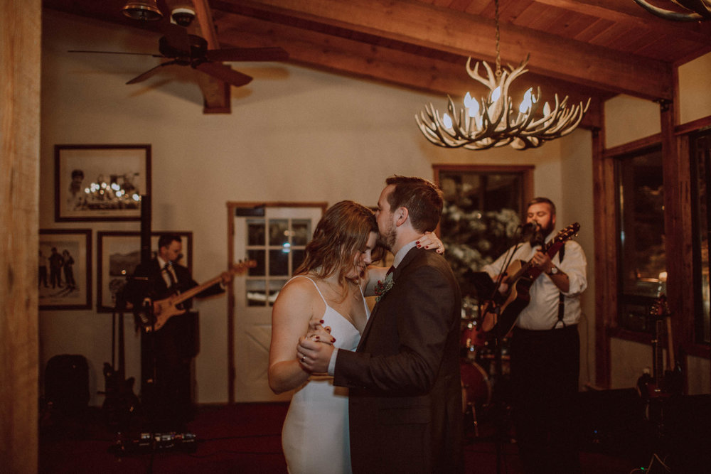 roundhouse_sunValley_wedding-51.jpg