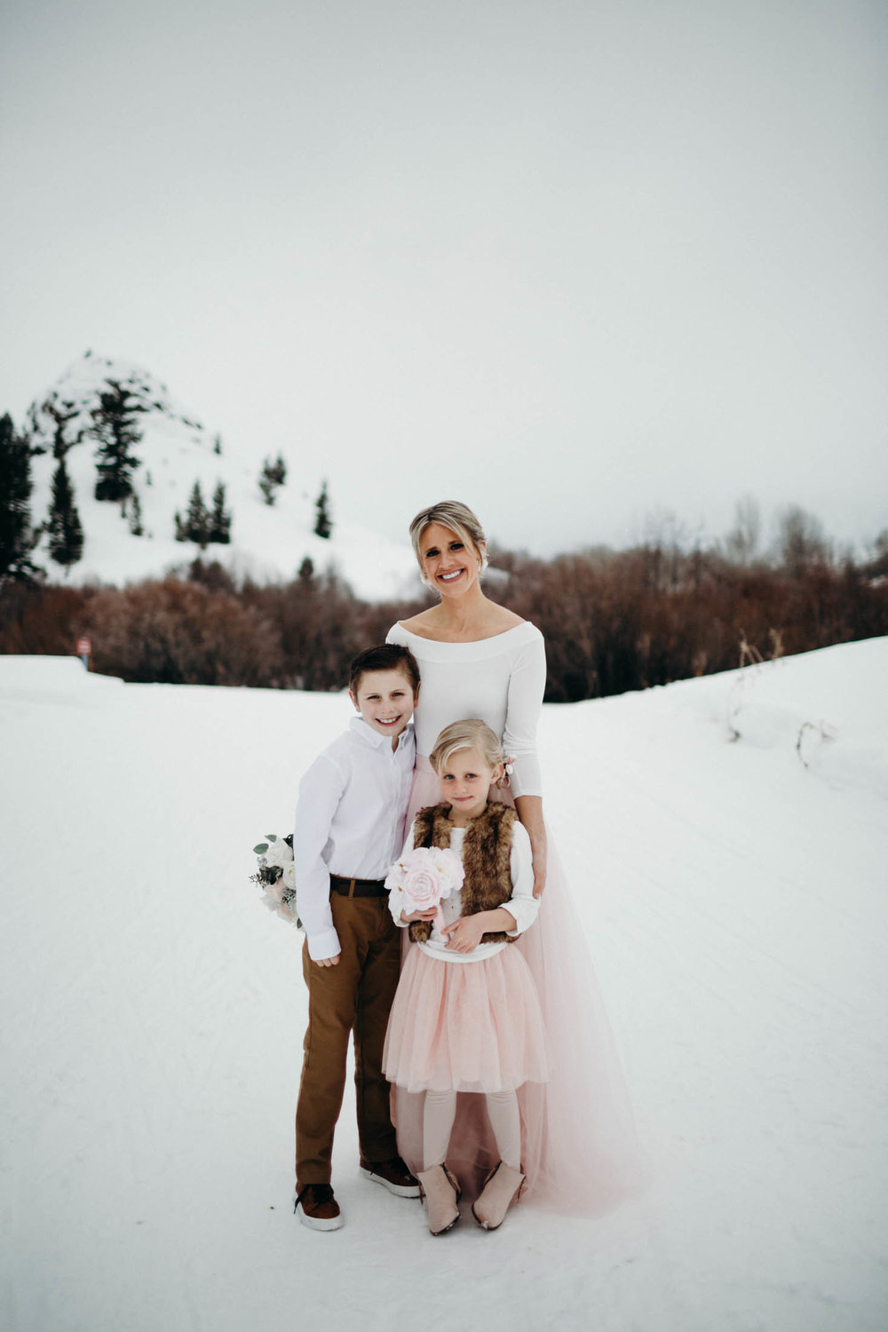 H_J_SunValley_winter_wedding-4.jpg