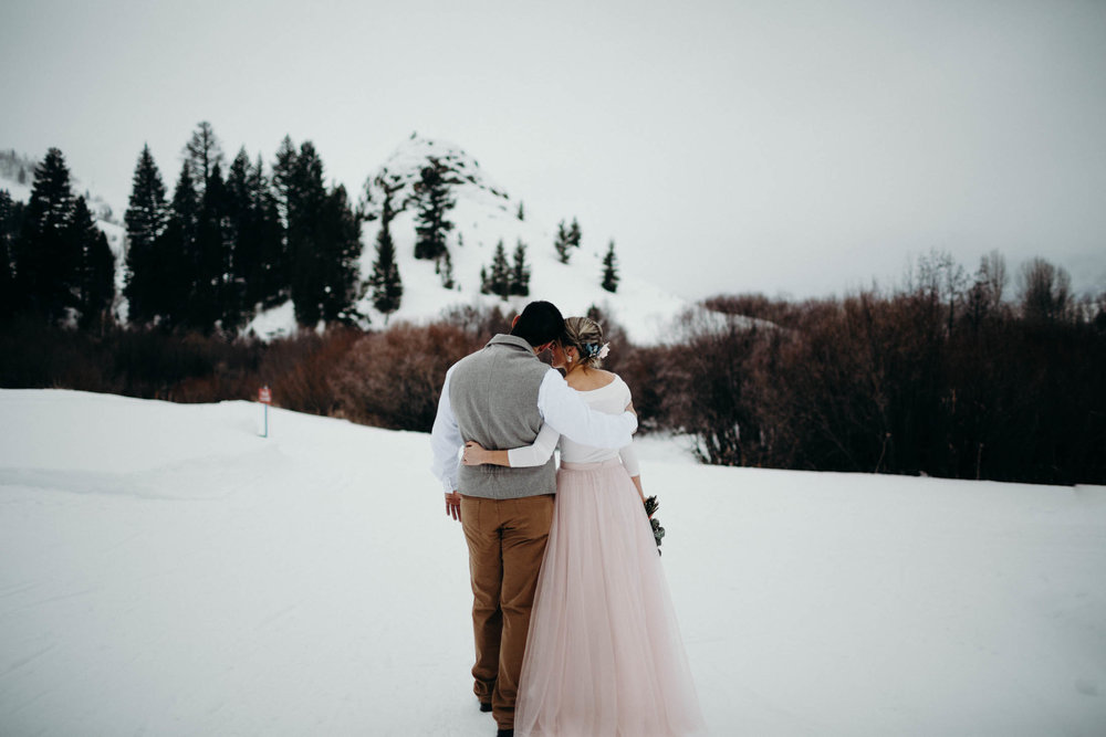 H_J_SunValley_winter_wedding-8.jpg