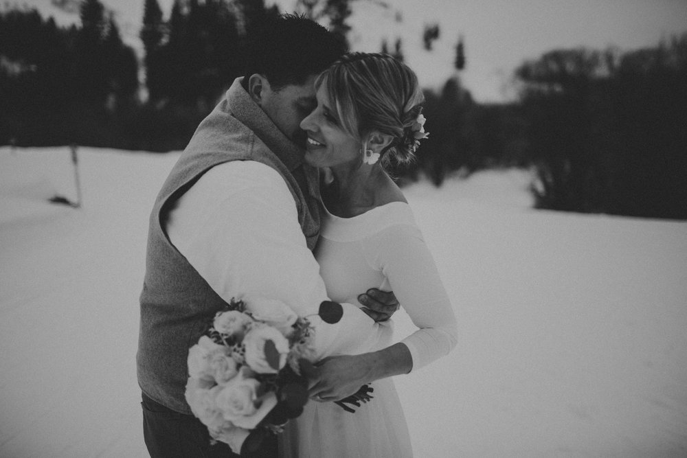 H_J_SunValley_winter_wedding-12.jpg