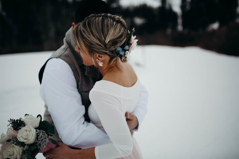 H_J_SunValley_winter_wedding-13.jpg
