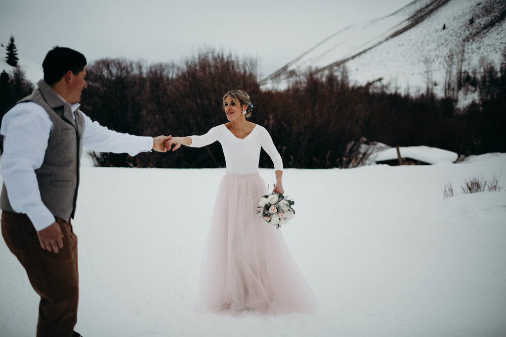H_J_SunValley_winter_wedding-17.jpg