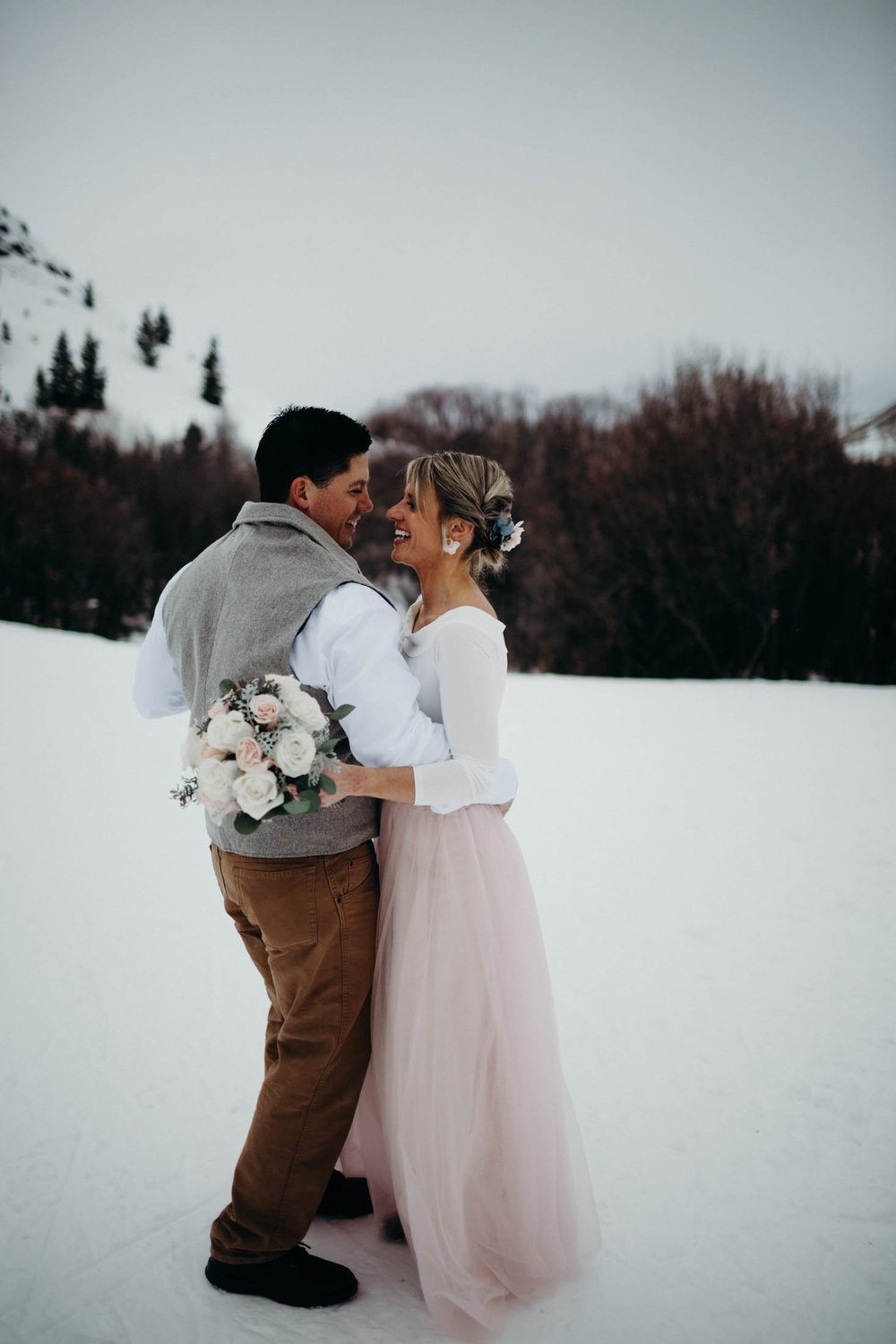 H_J_SunValley_winter_wedding-18.jpg
