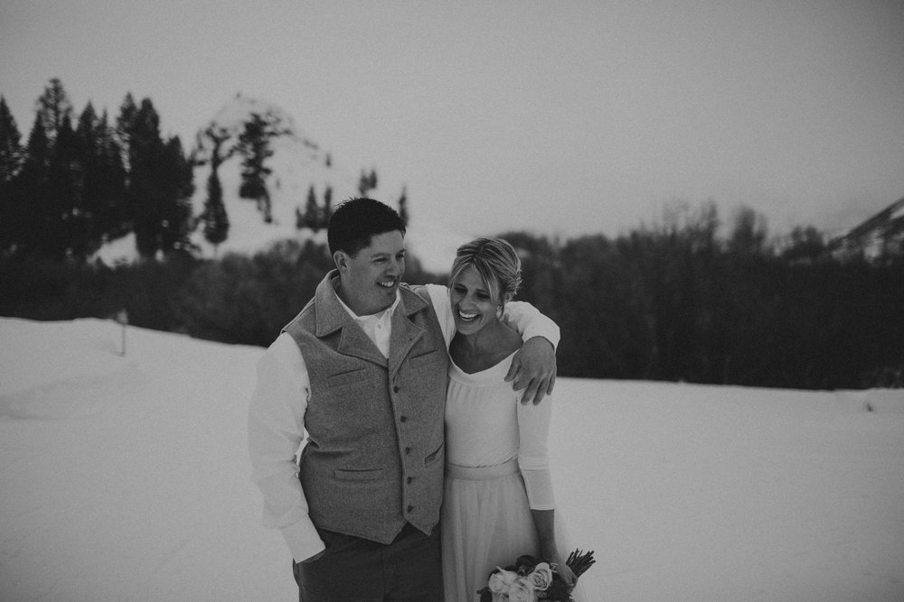 H_J_SunValley_winter_wedding-24.jpg