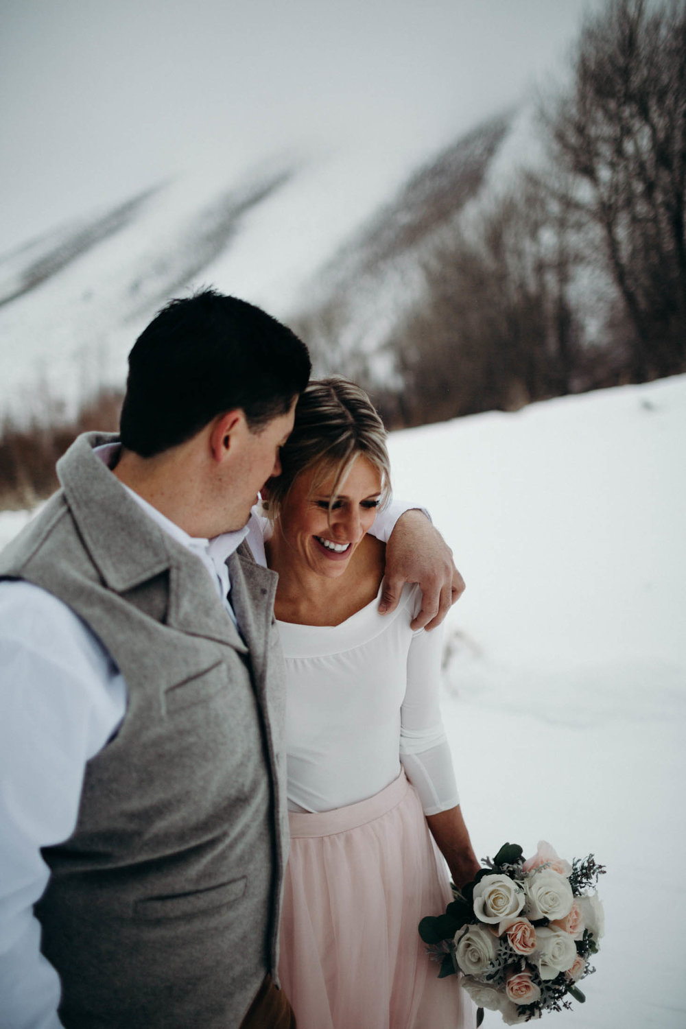H_J_SunValley_winter_wedding-25.jpg