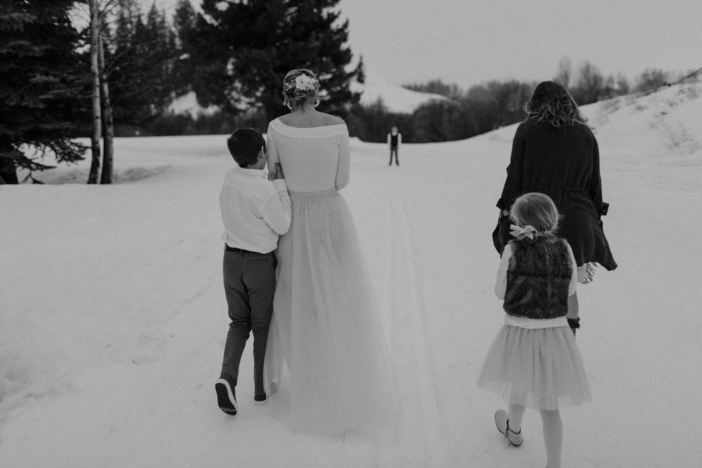 H_J_SunValley_winter_wedding-48.jpg