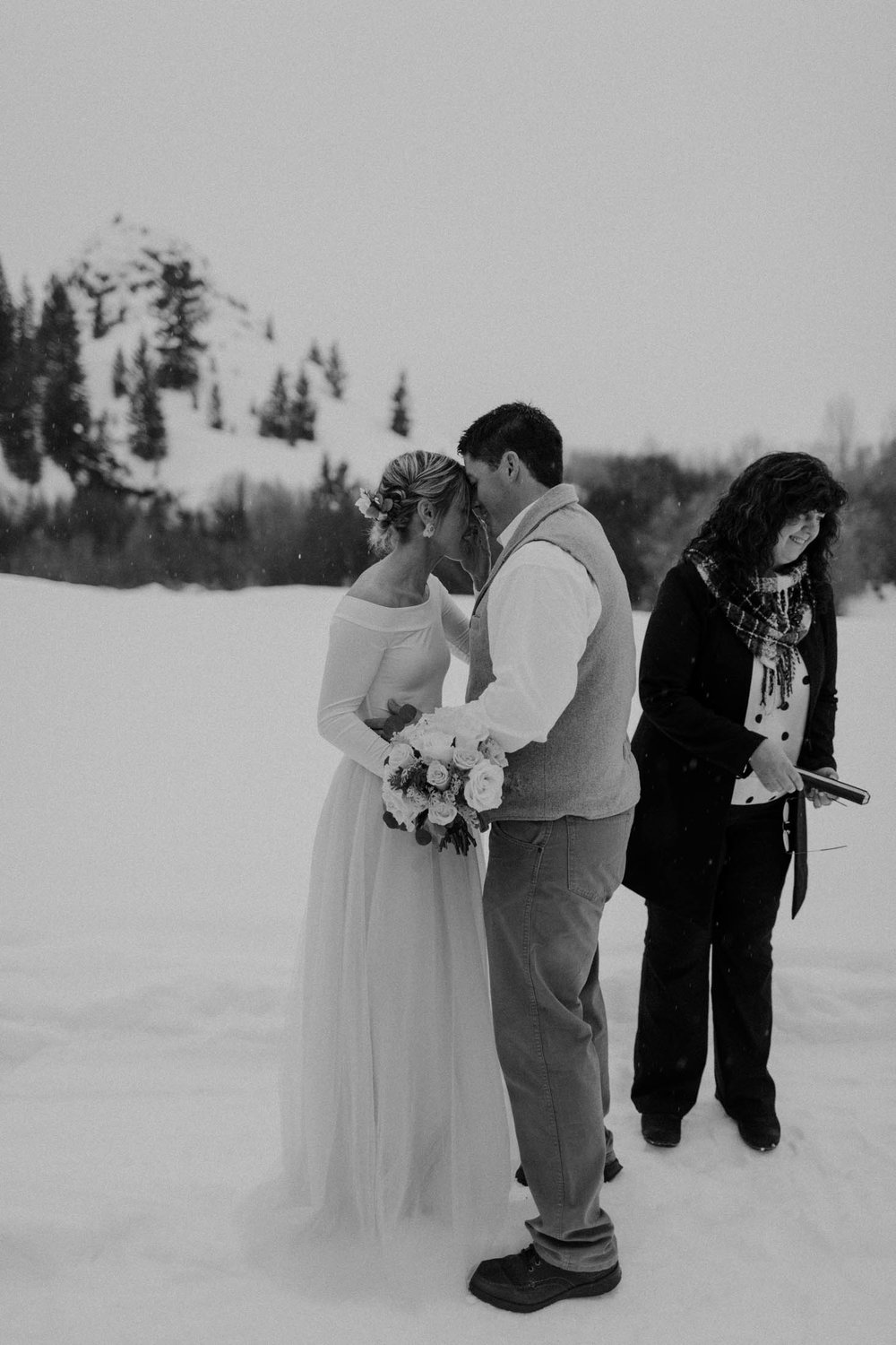 H_J_SunValley_winter_wedding-51.jpg