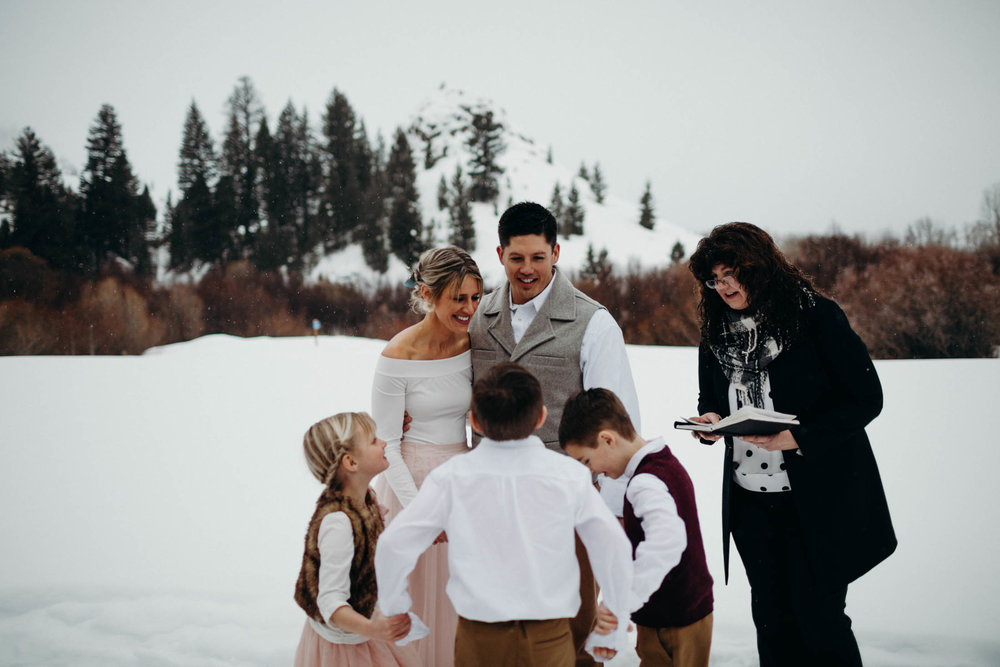 H_J_SunValley_winter_wedding-56.jpg