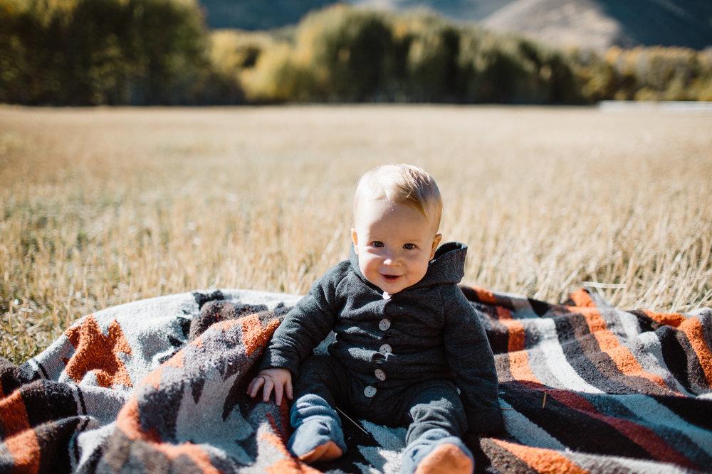 walkerfamily-Sunvalleyfallfamilyphotos-14.jpg