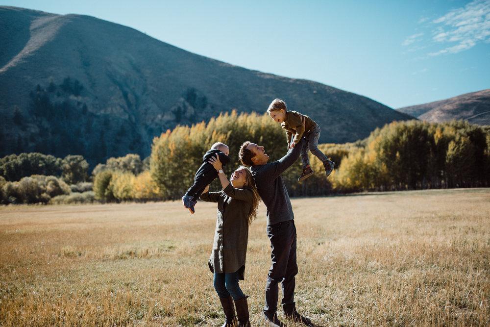 Walker Family Fall Photos | Sun Valley Family Photographer