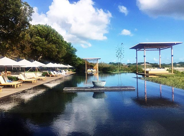@amanyara_resort recently reopened after their annual closures and thankfully weathered the hurricane season without major damage. The Caribbean is not closed to travel and we encourage you to keep going! #amanjunkie #curriecotravels 📷: Travel Advisor @skatesenk