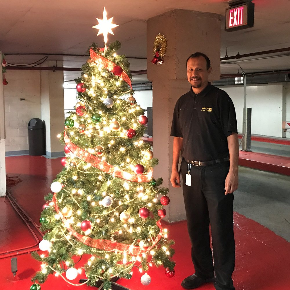 HMC-Hilton Garage Christmas 1.jpg