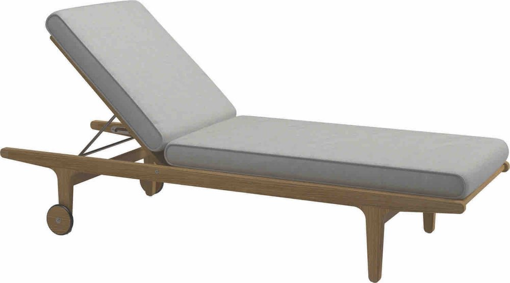 Gloster Bay Chaise Lounge