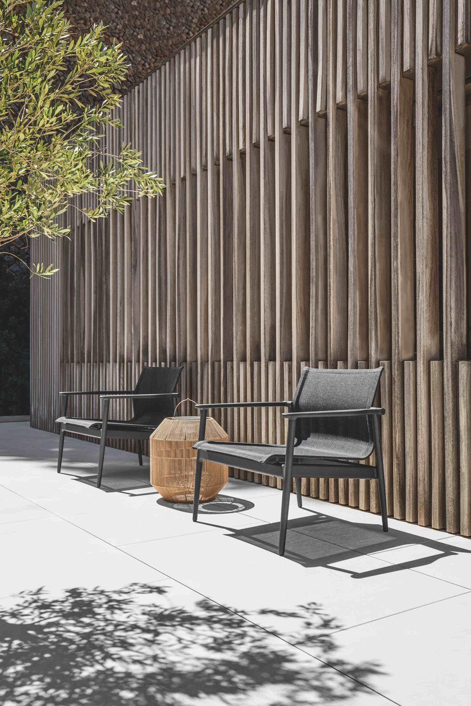 Gloster 180 Chairs + Gloster Nest Solar Lantern