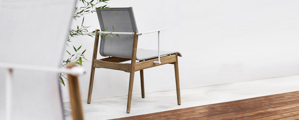 Gloster Sway Chair White/Seagull
