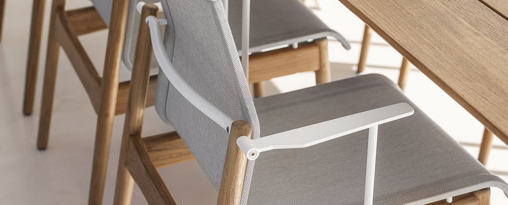 Gloster Sway Chair