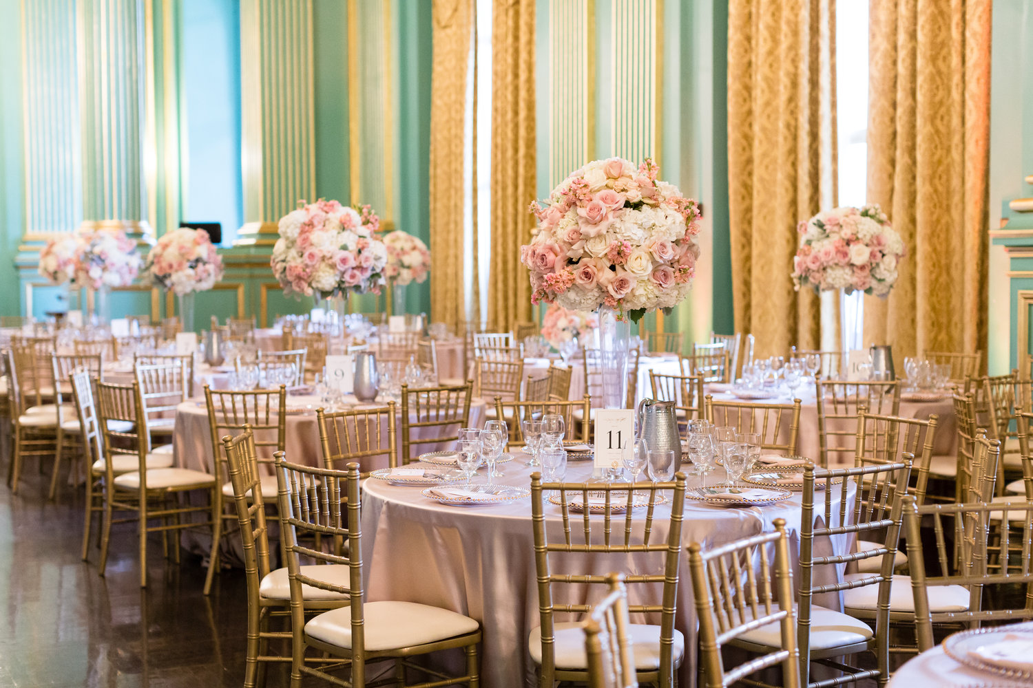 Sango San Francisco Providing Chiavari Chairs Crossback Chairs Ghost Chairs Tables Charger Plate And Cutlery Rentals